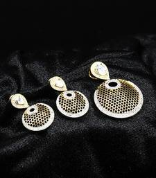 Gold american_diamonds Pendants
