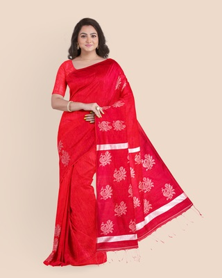 Look and Adorn Exclusive Handwoven Silver Zari Peacock motif Red Matka silk Saree with Blouse piece