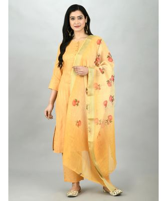 Mustrd Polyester Solid 3/4 Sleeve Round Neck Casual Kurta Pant Dupatta Set