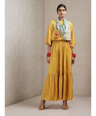 Round Neck Half Sleeve Long Dress With Scarf
