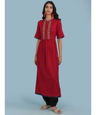 Red Embroidered Cotton Short Sleeve Kurta