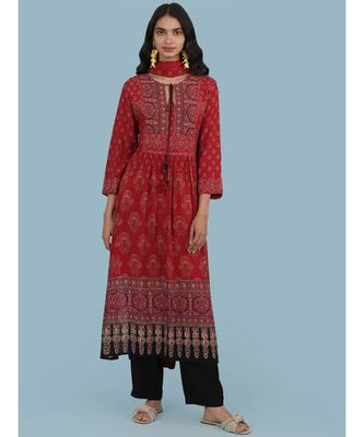 Red Floral Print Kruta With Pant And Dupatta