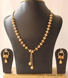 Buy GORGEOUS GOLD TONE UNIQUE DESIGN GOLDEN BALLS TRENDY FASHION JEWEL SET necklace-set online