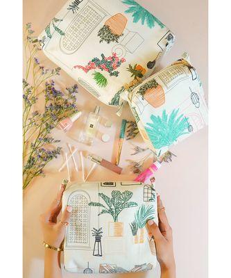 White Cafe Morocco Printed Small, Medium and Large Vanity Kit Set
