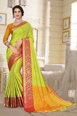 Green Jacquard Woven Kanchipuram / Kanjivaram Silk Sarees With Blouse Piece