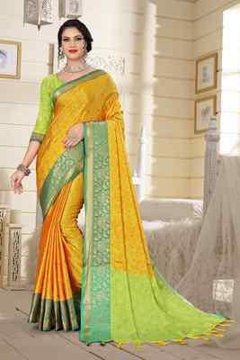 Yellow Jacquard Woven Kanchipuram / Kanjivaram Silk Sarees With Blouse Piece