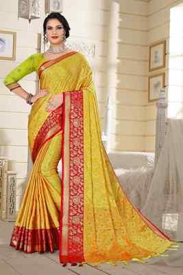 Light Yellow Jacquard Woven Kanchipuram / Kanjivaram Silk Sarees With Blouse Piece