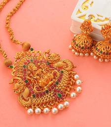 Traditional South-Indian-Temple-Jewellery Set
