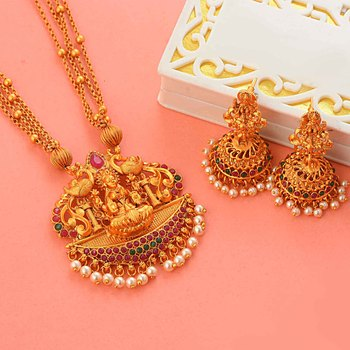 Traditional Laxmi Inspired South-Indian-Temple-Jewellery Set
