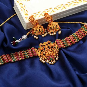 Laxmi Inspired Matt Finish South-Indian-Temple-Jewellery Set