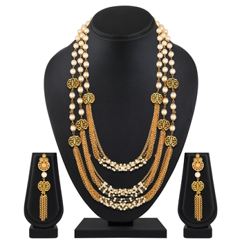 Traditional Gold toned Multi Layered Ranihaar Pear Necklace Set For Women