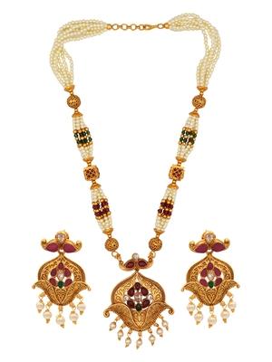 Wedding wear Multicolor Kundan Pearl Studded Necklace Set