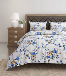 Swayam 144 TC Pure Cotton White and Blue Floral Printed Bed Sheet With 2 Matching Pillow Covers