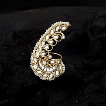 Gold pearl rings