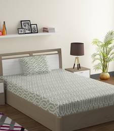 Cotton Blend 120 TC Geometric Single Bed Sheet with 1 Pillow Cover  Sea Green Off White