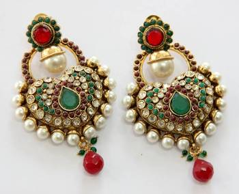 ANTIQUE GOLD PLATED GREEN RED N WHITE PEARLS HANGINGS