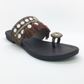 women flat footwear