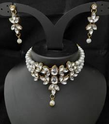 Pearl White Kundan Choker Mala Jewellery Set