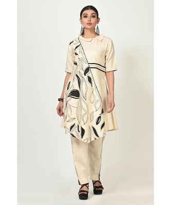 Off White Cotton Printed Elbow Sleeves Womens Straight Pant Set