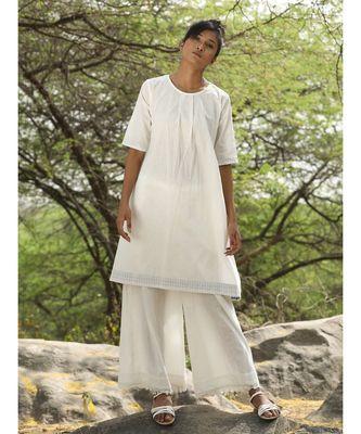 white plain linen kurtis