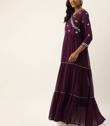 women burgundy embroidered tiered a line kurta