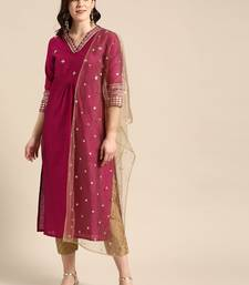 Women Magenta Pink & Gold Coloured Embroidered Kurta With Trousers & Dupatta