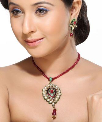 Meena Work Kundans and Ruby Pendant Set