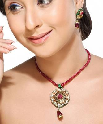 Floral Kundans Pendant set with Rubies