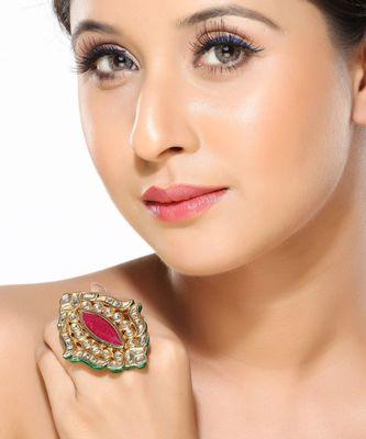 Remarkably attractive Kundan Ring