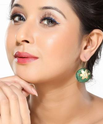 Green Crystal and Gold Polished Fashion Earrings