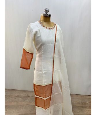 This fully stitched pure handloom  KURTA dupatta and palazzo