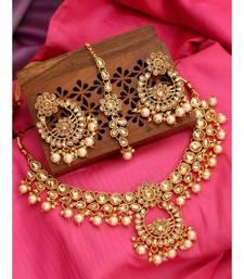 Traditional Gold Plated Kundan And Pearl Choker