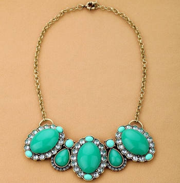 Crystal green necklace