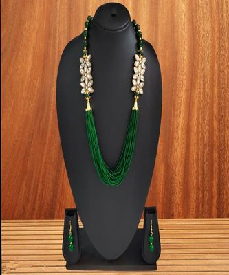 Elegent Flower Inspired Ad Stones Necklace  Set Green small beads With Matching Earrings For Women