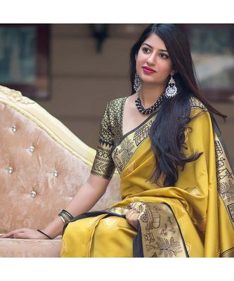 Light Yellow jacquard Saree All Over Butta Printed With Seprate Blouse