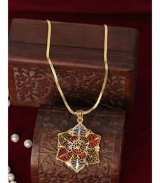 Styylo Fashion Party Wear Light Weight Enamelled Star Shape Pendant with Chain