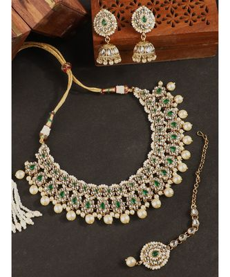 Styylo Fashion Traditional Green Stone and Beads Choker Necklace with Earring and mangtika