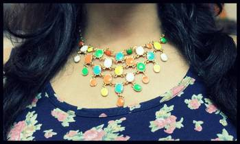 Multicolor stylish necklace