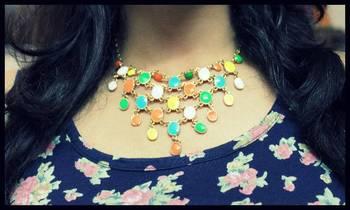 Multicolor stylish necklace