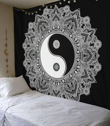 Tapestry Balck & White Color with Yin Yang Print Wall Hanging (84 x 90 Inch)