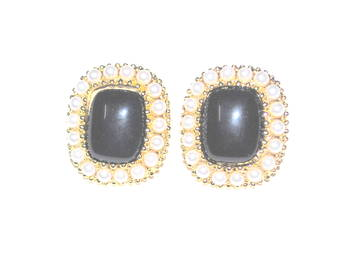 Black pearl statement earrings