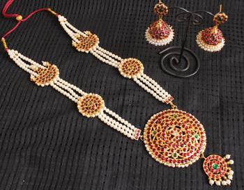 Traditional Pearl 3 Layer Long Haar Set