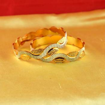 gold platted bangles size-2.4