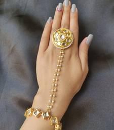 Golden Kundan Haath phool Hath Panja