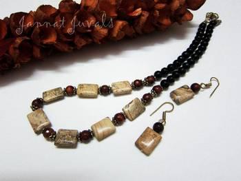 Black and Brown trendy neckset