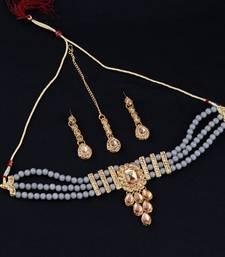 Traditional Pearl Choker Set