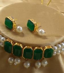 Green CZ Pearl Choker Jewellery Set