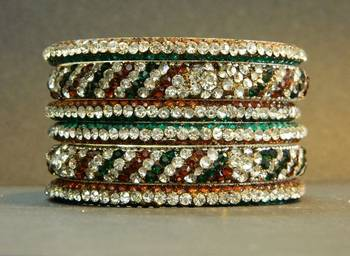 Classic Lak Bangle in COP-Green Colour