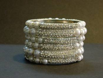 Sparkly Silver Color Bangles with White Pearl