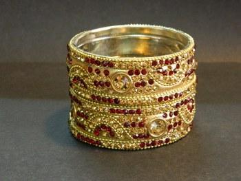 Indian handmade bridal Bangles in Maroon